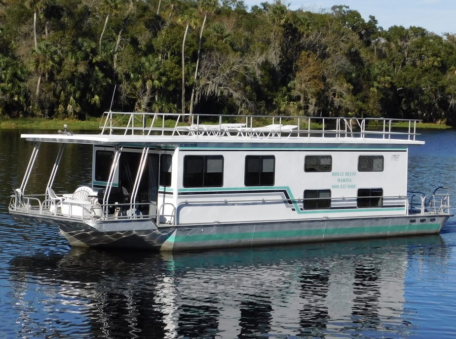 53′ 10 Sleeper Houseboat (Song of the South) – Holly Bluff Marina