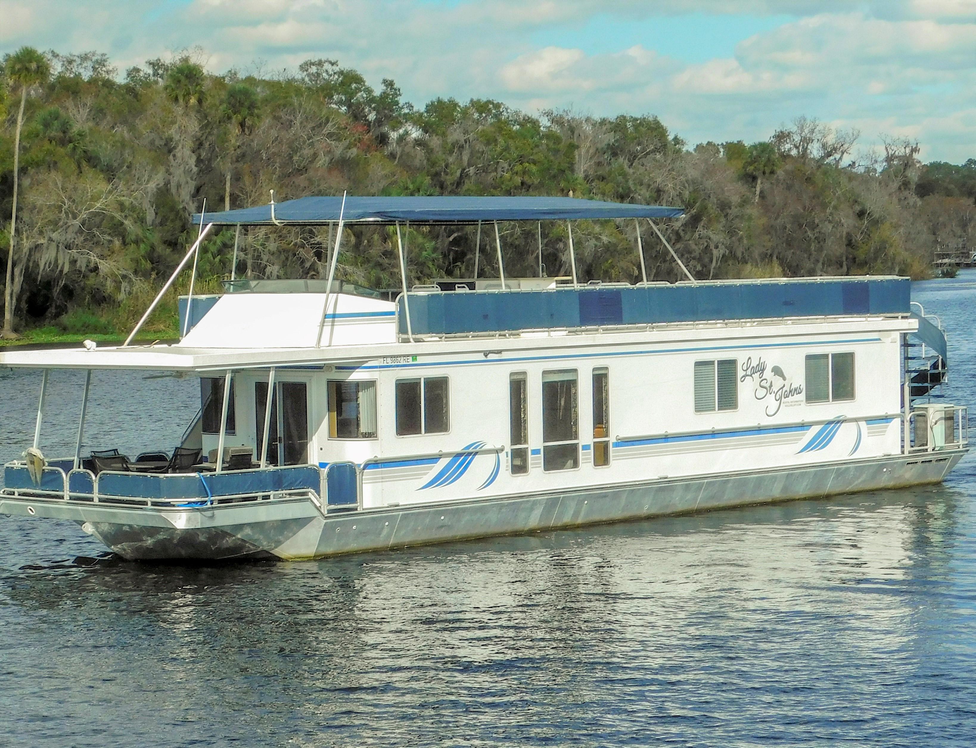 6′ 6 Sleeper Executive (Lady St. Johns) – Holly Bluff Marina